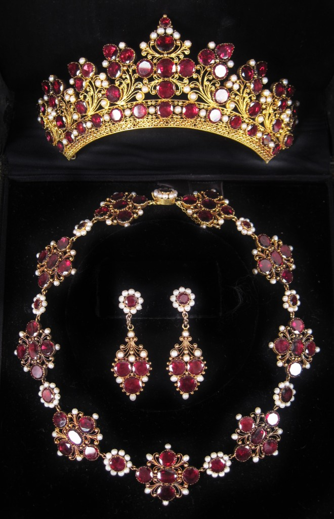 Buy Sell Antique Jewelry Estate Gold & Ruby Suite Saratoga Springs NY