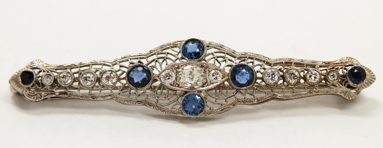 Antique Art Deco White Gold Filigree Diamond and Sapphire Brooch