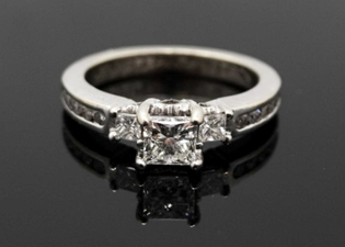 Antique Art Deco Princess Cut Diamond Platinum Ring